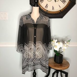 JM Collection Semi Sheer Top Size Large